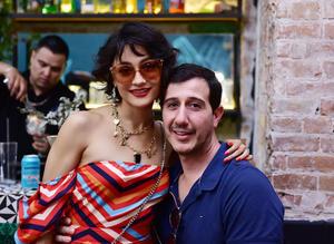 Claudia Cervantes y Luis Rosas