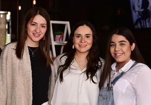 Angie, Mily y Daniela