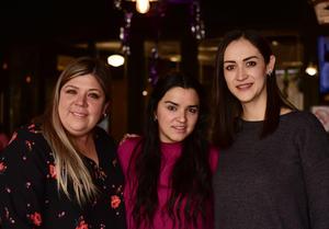 Dani, Angelile y Maritri