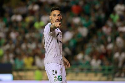 Correa durante el partido frente a León.