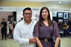 02032019 EN PAREJA.  Humberto y Gabriela.