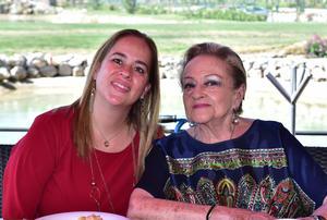 05032019 Kareny y Carola.