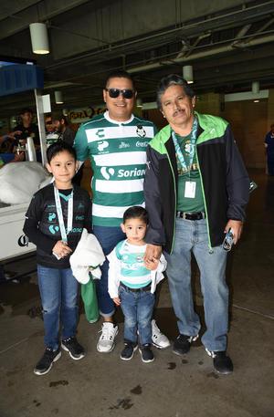 05032019 Familia Salas.