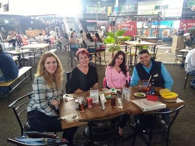 07032019 Thelma, Bertha, Rosy y Beto.