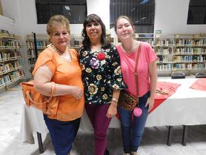 07032019 VELADA LITERARIA.  Evelia Gutiérrez, Blanca Domínguez y Consuelo Idania Zúñiga.