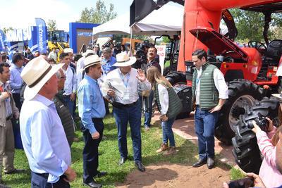 Acudió como representante del gobierno federal Francisco Javier Trujillo Arriaga, director de Senasica.