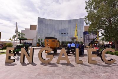 En el Tecnológico de Monterrey Campus Laguna fue inaugurado este jueves el XXVII Encuentro Nacional de Ganaderos Lecheros y Productores Agropecuarios así como el 13 Encuentro Integral Agropecuario.