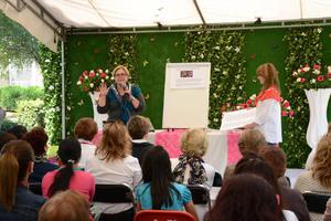 09032019 En este festival, se presentarán talleres y conferencias sobre cultivo y cuidado de la rosa.