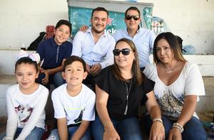 11032019 Azucena, Deya, Arturo, Iker, Pepe, Cristy y Arturo jr.