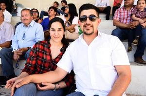 11032019 Karen Vega y Gerardo Haro.