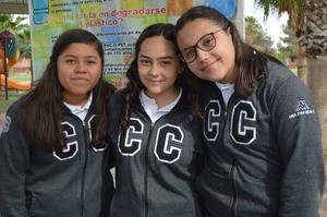 13032019 Ana, Camila y Paola.