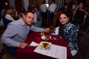 13032019 EN AMENA VELADA.  Armando y Graciela.