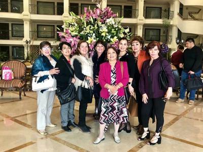 María Eugenia, Martita, Muñe, Gaby, Brígida, Teresita, Yola y Bety.