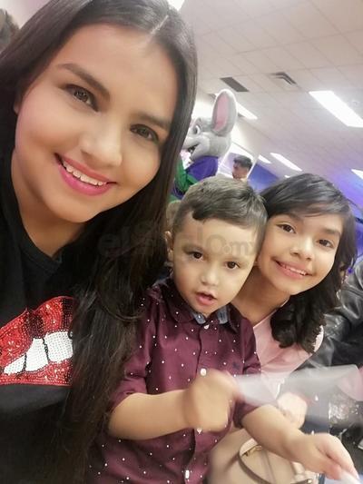 Karen, Santiago y Ximena.