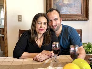 14032019 EN PAREJA.  Carolina Gallardo Márquez y Tullio Zito Presutto.