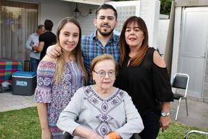 15032019 Daniela, Joaquín, María Elena y María Elena.