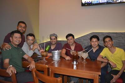 Paco Herrera, Victor Tetuan, Pedro Mendoza, Uziel Contreras, Leo Morales, Miguel Ángel Rodríguez y César Sánchez.