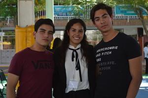 Sebastian, Emma y Adrian.JPG