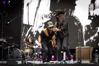 Tras cinco años de ausencia, los fans del grupo mexicano de rock Bengala volvieron a disfrutarlos, en esta ocasión en el Festival Iberoamericano de Cultura Musical Vive Latino.