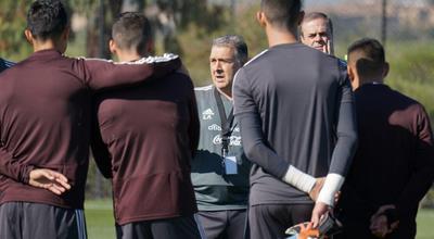 La Selección Nacional de México ya realizó su primer entrenamiento bajo las órdenes del técnico argentino Gerardo Martino.