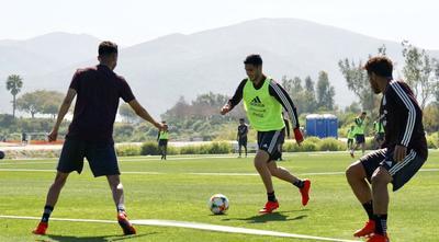 """Se preparan para el debut del """"Tatas"""" este viernes ante Chile en partido amistoso."""