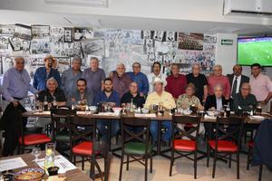 17032019 FELIZ CUMPLEAñOS.  En conocido restaurante de la ciudad, Jorge Rivera celebró un aniversario más de vida acompañado de sus familiares y amigos, quienes disfrutaron gratos momentos.