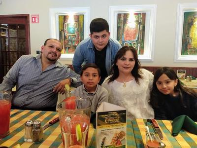 21032019 Francisco, Paquito, José Miguel, Diana y Camila.