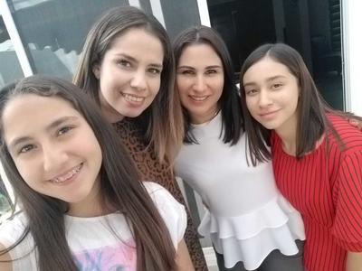 21032019 Regina, Valeria, Erika y Luciana.
