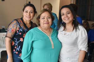 21032019 EN FESTEJO.  Yadira, Sonia y Sonia.