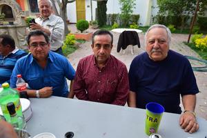 21032019 EN CONVIVENCIA.  Mario, Jaime y Ángel.