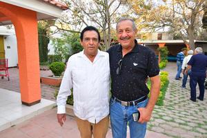 22032019 AMIGOS.  José Armando y Jacobo.