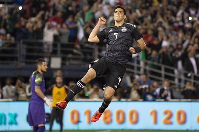 'Tata' debuta con victoria sobre Chile con la Selección Mexicana