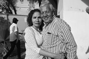 23032019 EN LOS TOROS.  Martha y Pascual.