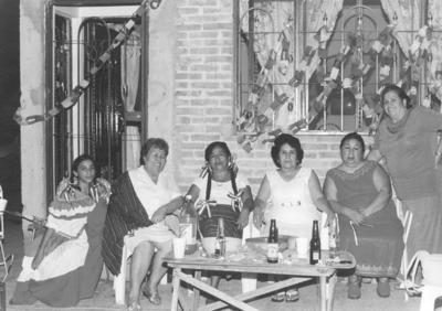 24032019 Ana Claudia, Margarita, Hortencia, Rosa, Conchita y Soledad en 2004.