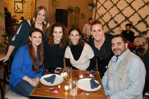 25032019 EN AMENA VELADA.  Cecy, Brenda, Cristy, Daniela, Sara y Omar.