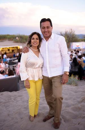 24032019 MUY CONTENTOS.  Nancy y Juan Carlos.