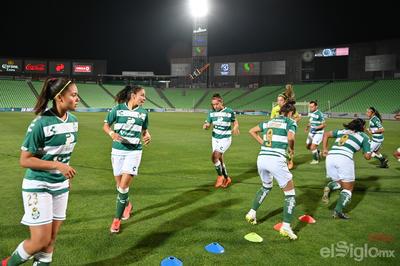 Guerreras sueñan con liguilla tras vencer a Querétaro