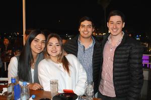 26032019 Valeria, Cristy, Santiago y Alejandro.