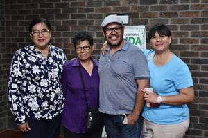 26032019 EN RECIENTE EVENTO.  Mayela, Ofelia, Carlos y Argentina.