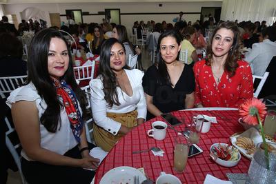 Pasarela a favor de la Cruz Roja Durango