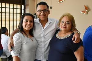 27032019 EN FESTEJO.  Sonia, Eduardo y Paty.