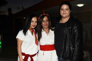 27032019 Sandra, Charo y Mariana.