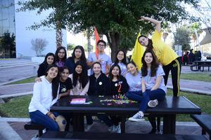 28032019 PRESENTES EN CONGRESO.  Integrantes del Equipo naranja del Tecnológico de Monterrey Campus Laguna en reciente actividad escolar.