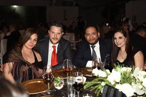 Cory Huerta, Manuel Villegas, Roberto Job y Mayra Barba