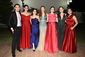 Rafael, Valeria, Ivanna, Luciana, Camila y Gaby