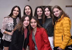 Monica, Paulina, Maria, Victoria, Daniela, Michel y Karen