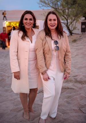 Ana Maria Boone y Flor Renteria