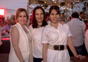 Ana, Phia y Magaly