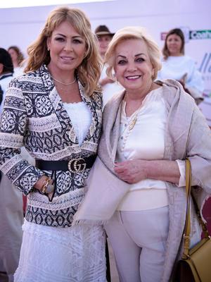 Esperanza Gonzalez y Beatriz Narro
