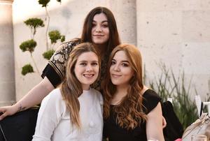 Pamela, Alejandra y Natalia